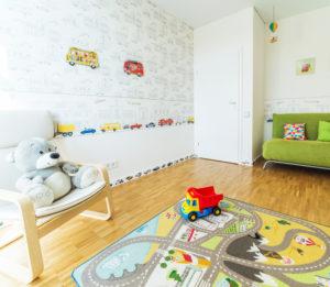 kreatywna ściana w pokoju dziecięcym