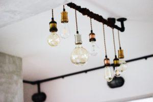 styl industrialny - lampa